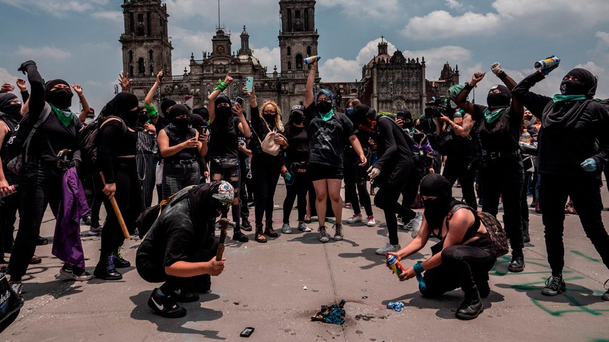 Marcha feminista en CDMX contra el rechazo de la SCJN de despenalizar el aborto