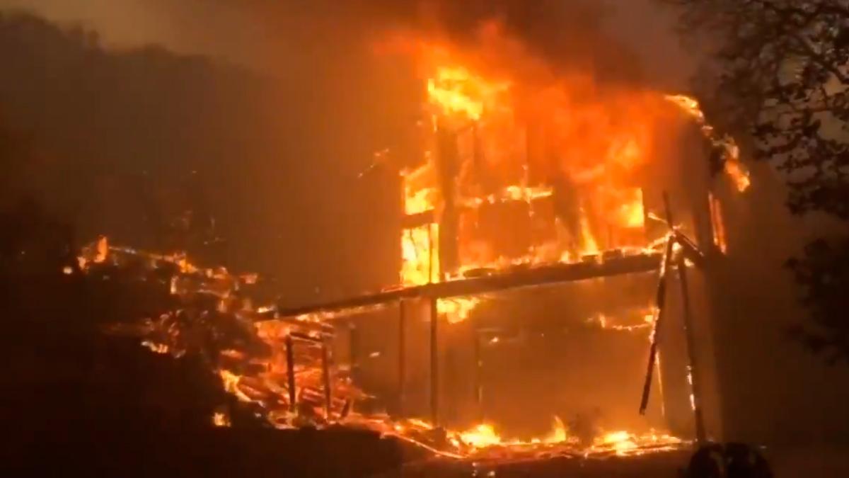 Incendios por tormenta eléctrica en California