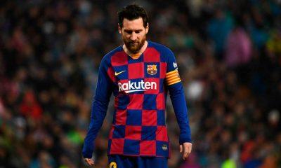 """Messi le dijo a Koeman que se siente """"Más afuera que adentro"""" del Barcelona"""