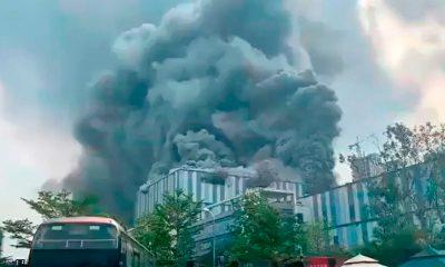 Edificio de Huawei sufre un incendio en Dongguan, CHINA