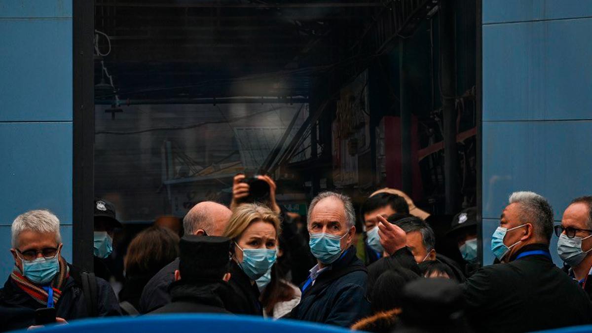 Expertos de la OMS visitan el mercado de Wuhan: Lugar donde inicio el Covid-19