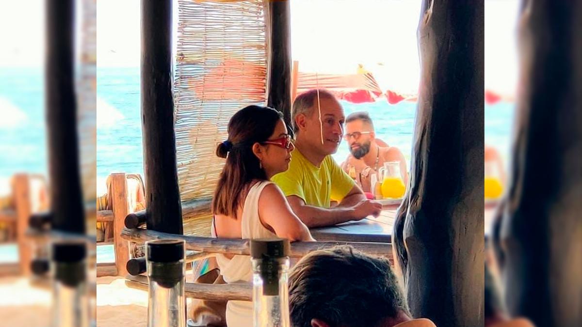López-Gatell de vacaciones en plena pandemia, en playas de Oaxaca